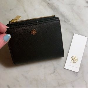 NWT Tory Burch Robinson Mini Leather Wallet